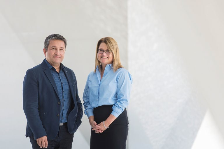 Alfred Hermida and Mary Lynn Young